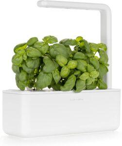 Click and Grow Smart Indoor Garden Kit